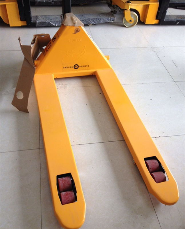 2 Ton 2.5 Ton Hand Pallet Jack , Hydraulic Pallet Truck PU Wheel CE Certificated